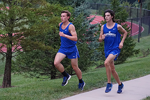 boys running cross country